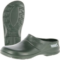 Saappaat, sandaalit ja pohjalliset